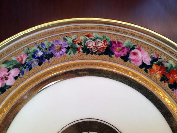 Louis Philippe Period – Set of Twelve Porcelain Plates Closeup